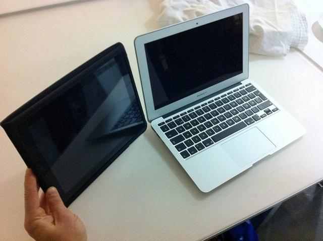 Macbook Air y iPad no son lo mismo.