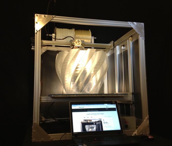 Gigabot 3D y Filastruder, dos proyectos de Kickstarter que se complementan.