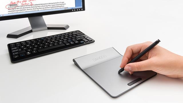 Wacom Bamboo Pad, trackpad con tableta gráfica.