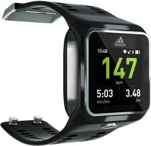 Adidas miCoach Smart Run es un smartwatch deportivo.