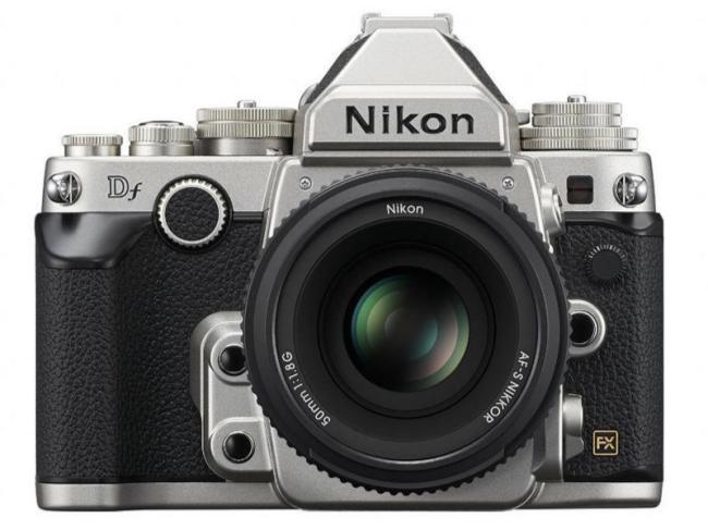 Nikon tiene la vista puesta en el pasado, lanza la nueva Nikon DF