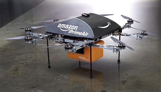 Amazon quiere enviar paquetería a través de drones voladores.
