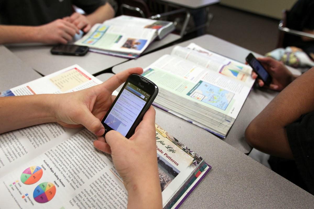 Los smartphones sí son para el colegio