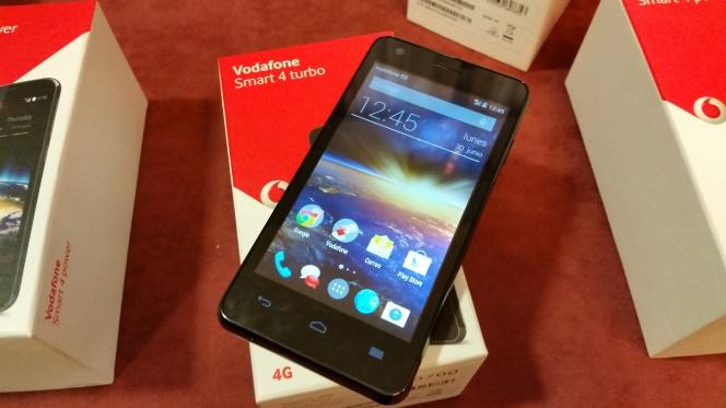 Vodafone lanza dos nuevos terminales de marca blanca