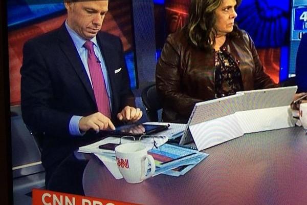 A Microsoft le crecen los iPads, de nuevo en televisión.